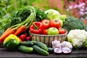 Clean Eating mit Obst und Gemüse